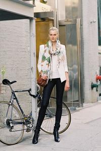 Aprende a regular bien tu bici de spinning para evitar dolores y lesiones
