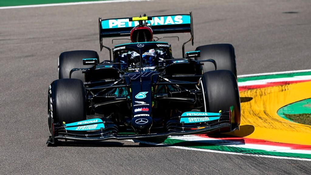 Valtteri Bottas lidera, Ferrari sorprende y la fiabilidad traiciona a Max Verstappen en Imola