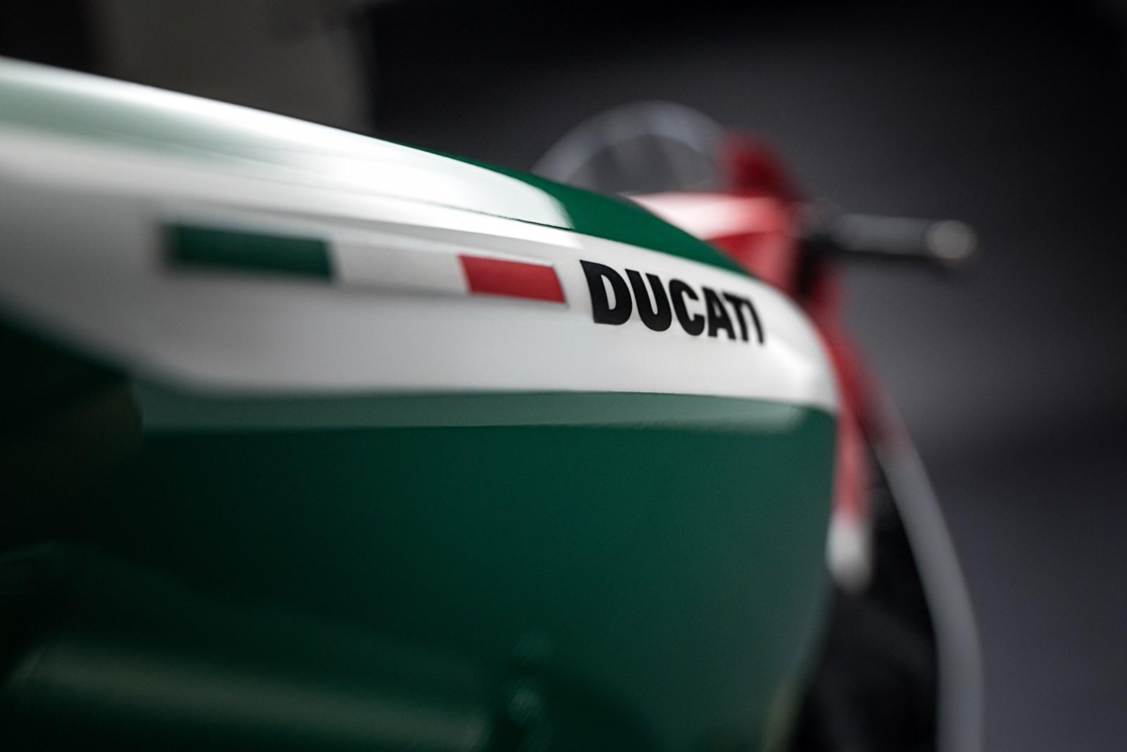 Foto de Ducati 1299 Panigale R Final Edition (40/58)