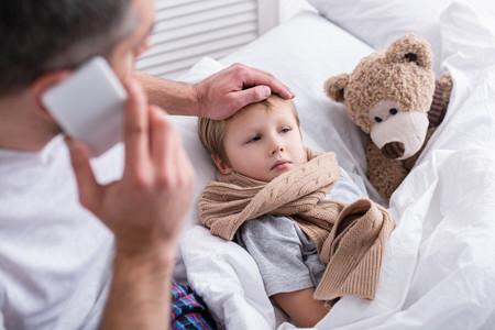 Qué hacemos con los niños cuando están enfermos: el derecho de los padres para cuidar de sus hijos