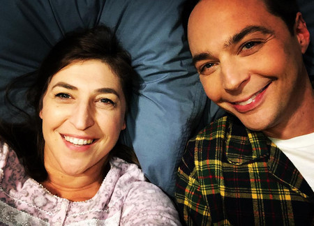 Mayim Bialik y Jim Parsons volverán a trabajar juntos tras el final de 'The Big Bang Theory' en el remake de 'Miranda'