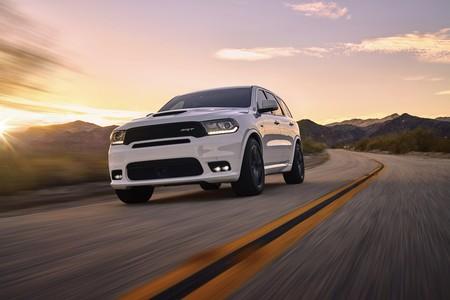 2018 Dodge Durango SRT: un muscle car con tres filas de asientos y un 6.4 HEMI V8 de 482 CV