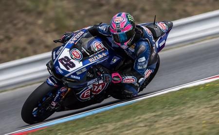 Alex Lowes firma su primera victoria de SBK en Brno y Kawasaki acaba en desastre