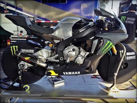 Yamaha Yzf R1 Graves Motorsports