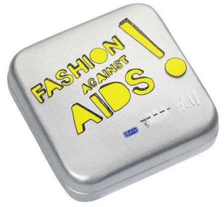 En la colección Fashion Against Aids 2011 de H&M puedes encontrar hasta condones
