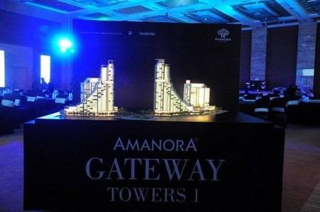 amanora-gateway-towers-thumb-550x3