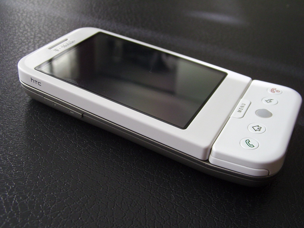 Foto de T-Mobile G1 White (24/24)