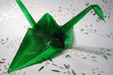 original técnica para hacer origami con gelatina