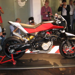 Foto 10 de 12 de la galería husqvarna-nuda-900r-fotos-presentacion-a-la-prensa en Motorpasion Moto