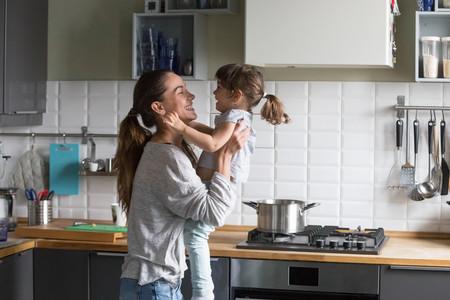La maternidad me mostró nuevos miedos y preocupaciones, pero mi hija me está enseñando a ser más fuerte
