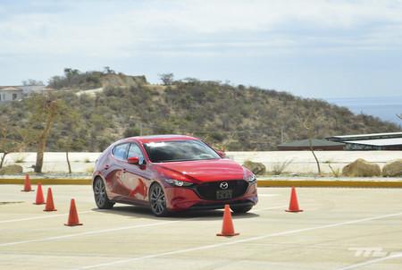 Mazda 3 2019 13
