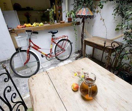 Un lugar donde colocar una bicicleta.