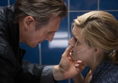 Liam Neeson y Maggie Grace en