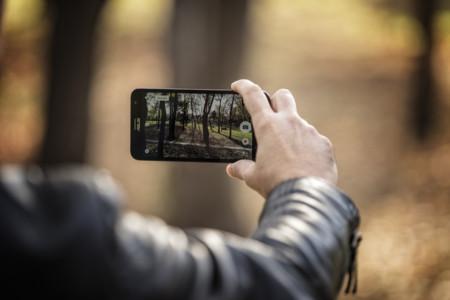 Si ya te gustan los móviles grandes, espera a que cumplas los 40 años