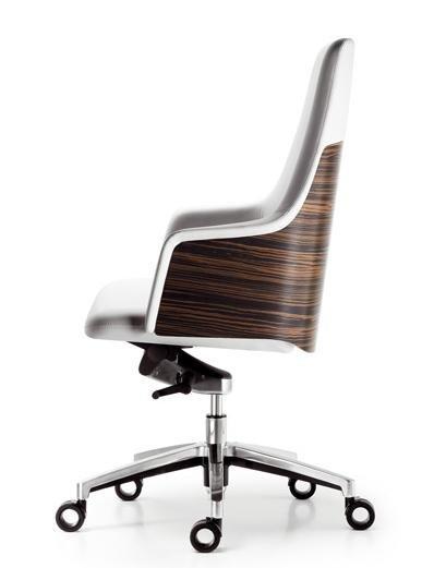 La silla confidente Cuore diseñada por LluscàDesign, Orgatec 2010