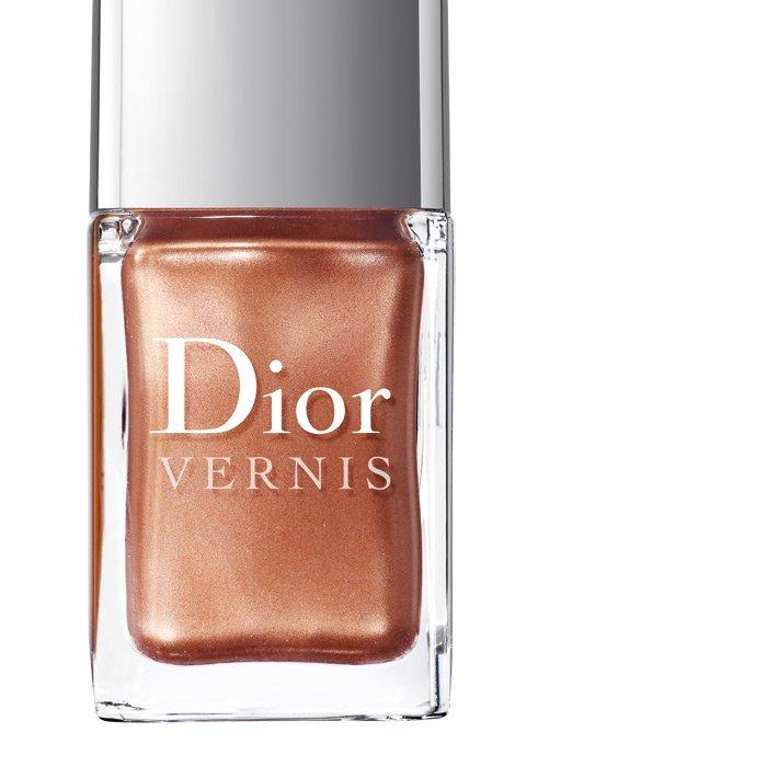 Foto de Especial Manicura y Pedicura: Dior Vernis: 44 esmaltes de uñas. Imposible elegir sólo un tono (20/40)