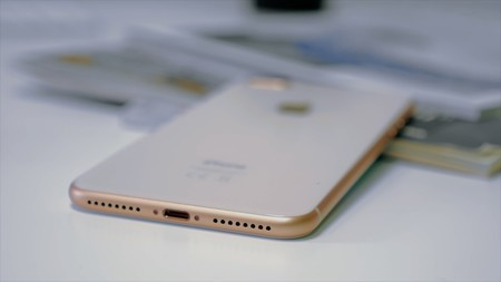 iPhone 8 Plus diseño trasera