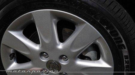 Nissan Micra CVT Rueda 15 pulgadas