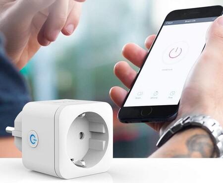 Estos enchufes inteligentes Teckin con WiFi te ayudan a controlar la factura de la luz y hoy los tienes por 8 euros menos en Amazon