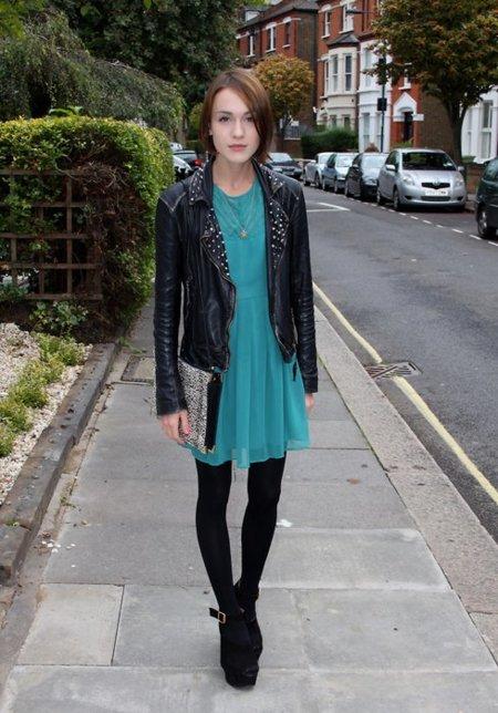 Vestido cuero Moda en la calle
