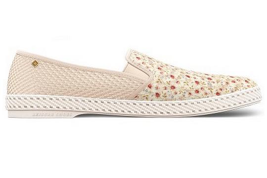 Foto de Thomsen & Rivierias Shoes, estampados florales en el calzado de esta Primavera (1/4)