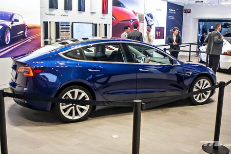 Las versiones más caras del Tesla Model 3 rebajan su precio en España