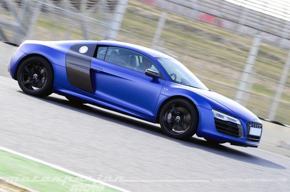 Foto de Ducati 899 Panigale Vs Audi R8 V10 Plus (7/24)