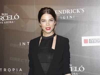 Con flecos y a lo loco, un estupendo nuevo look de Juana Acosta