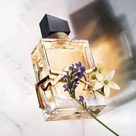 Sephora nos alegra las rebajas con súper descuentos en perfumes (y estuches) y estos 13 son nuestra selección