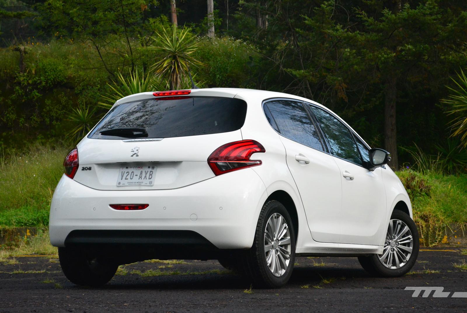 Foto de Peugeot 208 Puretech (3/17)
