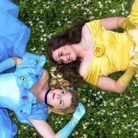 Dos mujeres se convierten en princesas de cuento para anunciar su compromiso (y para reivindicar más personajes infantiles LGTB)