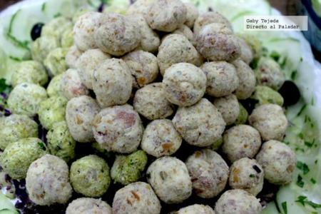 Receta: Bolas de Jamón serrano con semillas de girasol y ajo tostado
