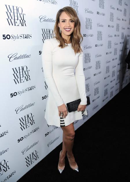 Jessica Alba look blanco