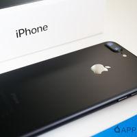 El próximo iPhone tendrá pantalla OLED, según el CEO de Sharp: Rumorsfera