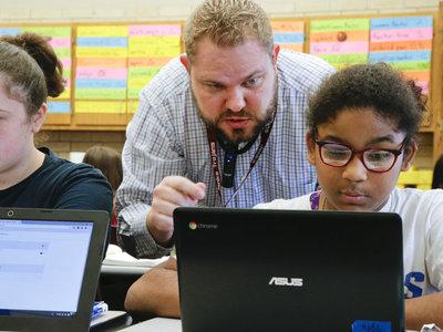 Los profesores pueden revisar tu portátil: una nueva ley que levanta polémica en Dinamarca