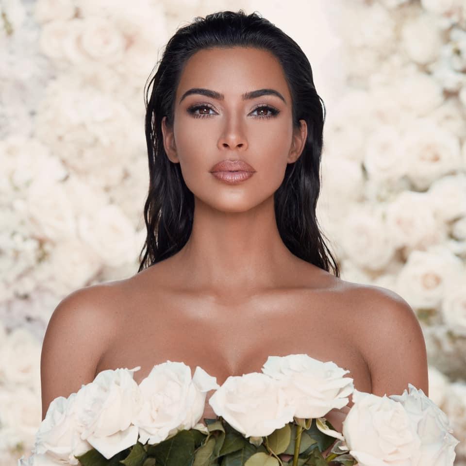 Kim Kardashian lanzará una preciosa colección de maquillaje basada en su matrimonio