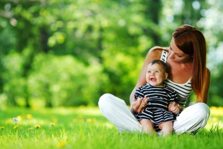 Paseos de verano: cómo proteger a tu bebé del calor