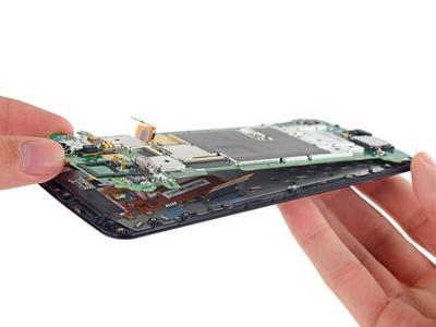 El desmontaje del Nexus 6 nos revela que es en su mayoría reparable