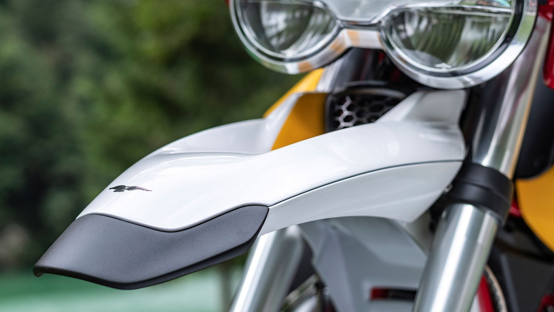 Foto de Moto Guzzi V85 TT 2019 (4/8)