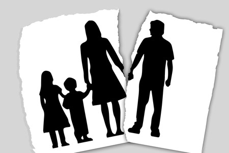 Si tus padres se divorciaron cuando eras niños podrías tener niveles más bajos de oxitocina y mayor necesidad de amor