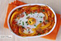 Gratinado de pimiento y tomate con huevo. Receta
