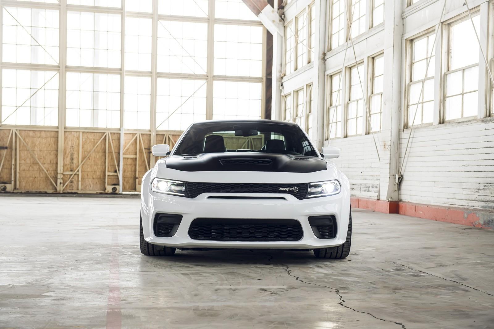 Foto de Dodge Charger SRT Hellcat Redeye 2021 (8/49)
