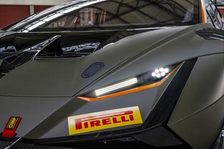 Lamborghini Huracan Super Trofeo Evo2 2021 002