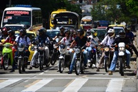 En Colombia prohíben temporalmente circular con pasajeros masculinos para evitar robos