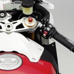 Foto 25 de 145 de la galería bmw-s1000rr-version-2012-siguendo-la-linea-marcada en Motorpasion Moto