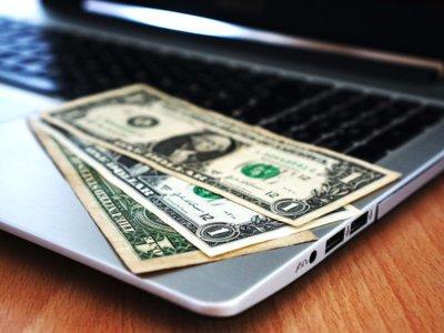 500 euros: este es el gasto anual que el 38,8% de los españoles destina a sus compras online