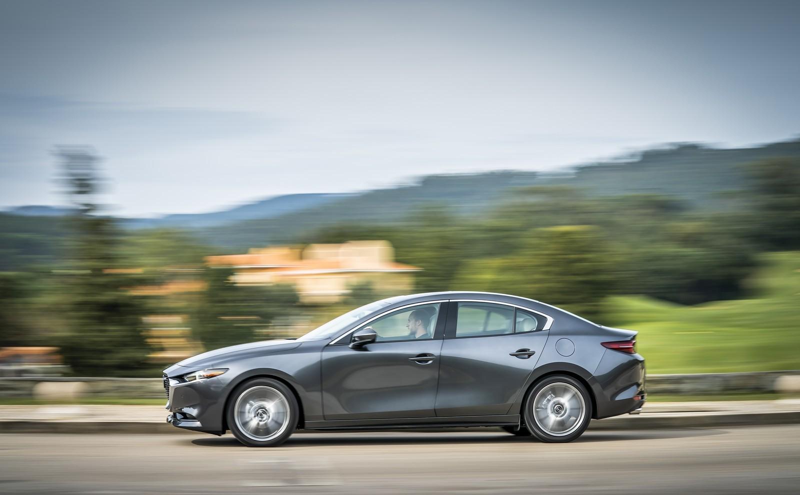 Foto de Mazda3 2019 Sedán (21/40)