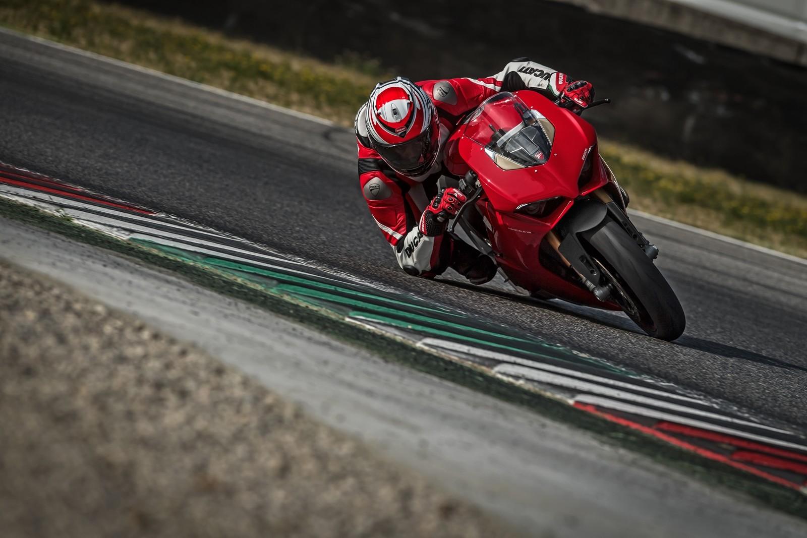 Foto de Ducati Panigale V4 2018 (28/52)