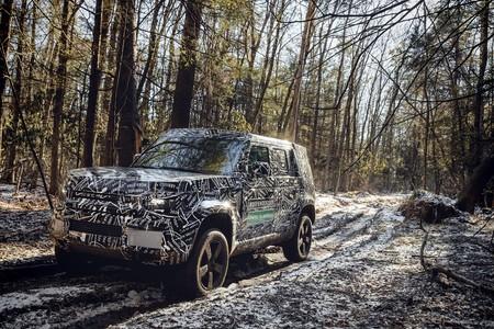 Land Rover Defender 2020 10