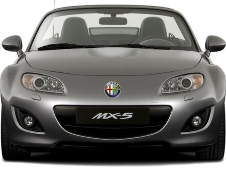 Alfa Romeo y Mazda quieren colaborar en roadsters pequeños